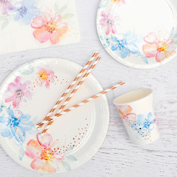 theme-bapteme-fille-fleurs-pastels-decoration