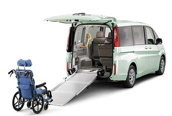 車椅子も楽々対応