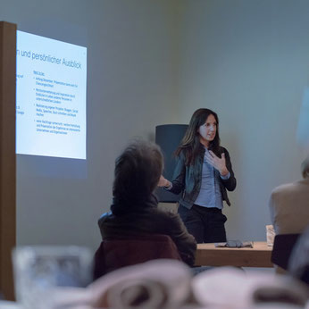 """Irene presenting as a speaker her work on the topic """"Gender mainstreaming in companies in South Tyrol"""" at a Wnet event (Business Women South Tyrol)"""