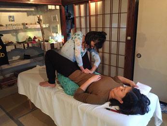 子宮インナービューティーセラピーイメージの練習会の様子