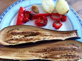 Zutaten für ein einfachen, veganen Auberginen Aufstrich