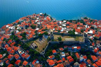 Η παλιά πόλη της Καβάλας (Παναγία) με το Κάστρο και την πανέμορφη θέα στη θάλασσα