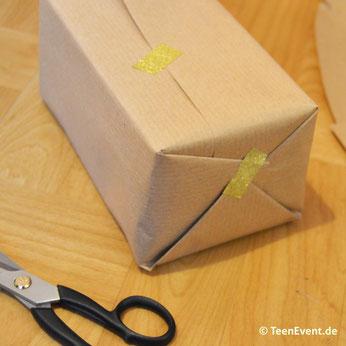 Geschenkverpackung mit Washi-Tape