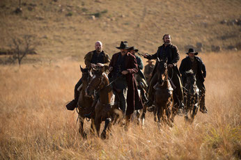 Eric Cantona et ses copains les méchants cow-boys (©Joe Alblas)