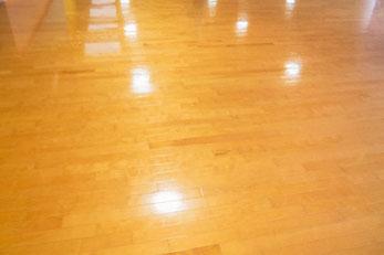 フローリング床の剥離洗浄&ワックス掛け|お掃除ハウス新潟【阿賀野市】