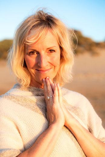 Julia Poole Oceanlight Scaravelli Yoga