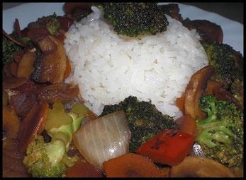 Wokgemüse mit Reis ohne Ente