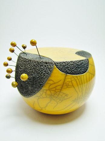 fiche descriptive de cette boite contemporaine céramique raku