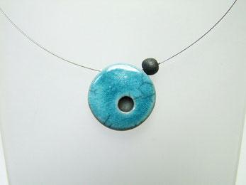 collier de perle ronde bleue en ceramique raku