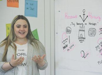 SOMMERUNTERNEHMERIN Özdem präsentiert ihre Geschäftsidee