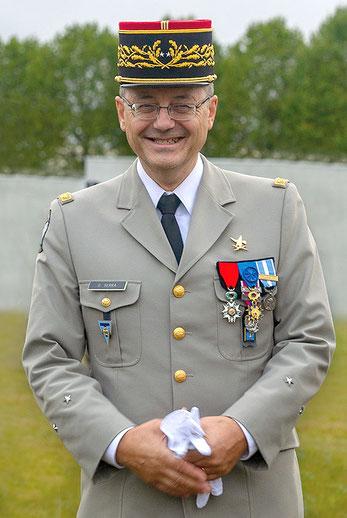Le général de brigade Olivier SERRA generalmonclar.fr