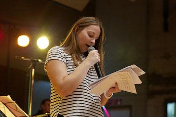 Voditeljica  programa  Marija  Iličević