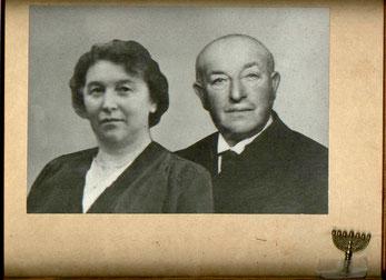 Julius und Selma Löwenberg lebten in Rehburg, wurden deportiert und in Minsk ermordet.