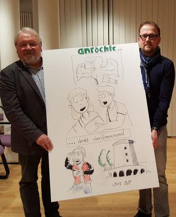 Franz Pieper (Vorsitzender der LAG 5verBund) und Bürgermeister Alfred Schmidt (re.) präsentieren einen ersten Vorgeschmack auf das Kinderbuch