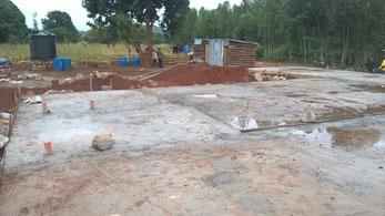 die fertig betonierte Bodenplatte...