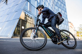 Der Shimano Steps E6000 e-Bike Motor ist fast unbegrenzt mit allen Arten von Schaltsystemen kombinierbar