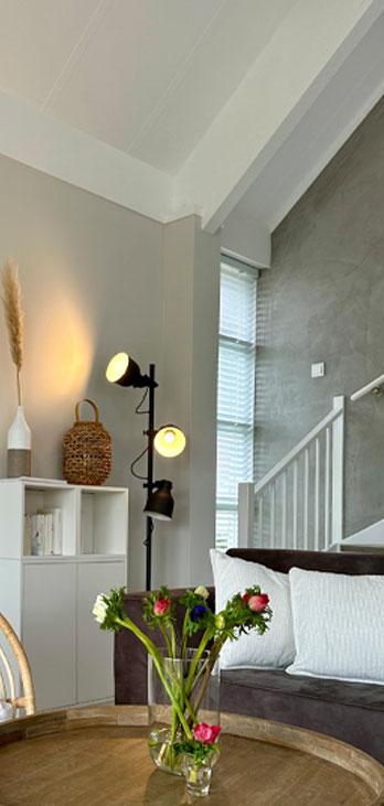 Wohnzimmer mit Ausblick auf die Dünen