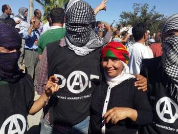 En gruppe anarkister fra Tyrkiet er rejst til Kobane for at styrke forsvaret af byen