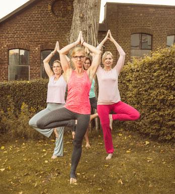 Yoga Soft Basic Sandra Golob Yoga Shima Yoga In Remscheid Yoga In Remscheid Yogakurse Yoga Bergisches Land