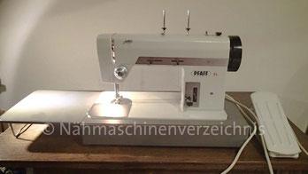 Pfaff 94, Zickzack, Flachbett mit Einbaumotor und Klapptisch, Hersteller: G.M. Pfaff AG, Nähmaschinenfabrik, Kaiserslautern, Baujahr 1968 (Bilder: B. Schlappa)