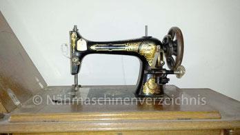 Stoewer Schwingschiffchen-Nähmaschine (Bilder: A. Wichmann)