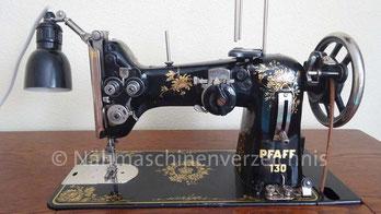 Pfaff 130, Flachbettnähmaschine mit Zierdekor, Hersteller: G. M. Pfaff AG, Kaiserslautern, Baujahr 1950 (Bilder: W. Birzer)