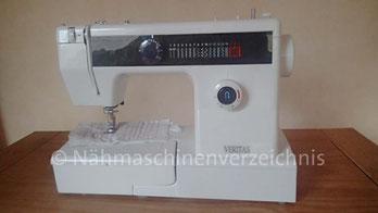 Veritas 868, Freiarm-Haushaltsnähmaschine mit Einbaumotor, Hersteller: asiatische Importmaschine unbekannter Herkunft, Namensrechte Veritas liegen bei VEB Nähmaschinenwerk Wittenberge, 19322 Wittenberge, DE (BilderB. Schlappa)