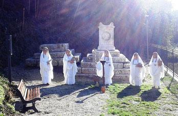OmoGirando la Tomba di Cossinia