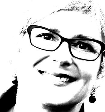 Beata Frenzel, Moderatorin & Dialoginitiatorin