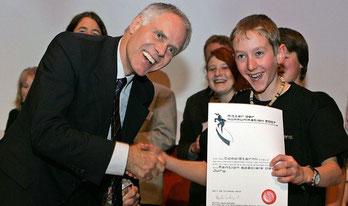 "Ehrung durch Bundesrat Moritz Leuenberger zum ""Ritter der Kommunikation"" 2007"