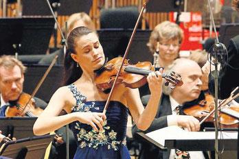 """""""Neuer Stern am Musikhimmel"""": Geigerin Lea Birringer beim Konzert mit der DEutschen Radiophilharmonie"""