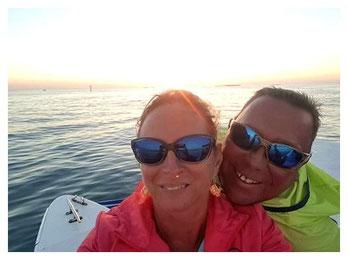 Andrea & Frank Hennicke auf einem Boot