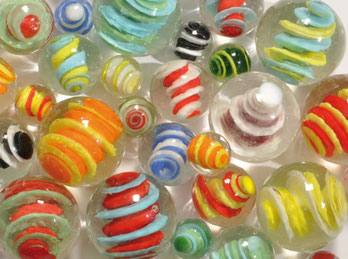 Kleine Dinge: Murmeln, Ballons und mehr