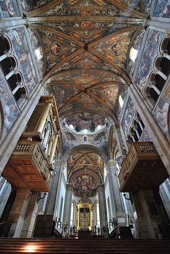 Bóveda de la nave principal de la Catedral de Parma. Fuente: Chensiyuan