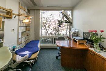 プライバシーが保たれている診察室