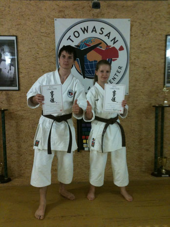 3.Kyu Prüfung Mike Busse, Erika Worm - TOWASAN Karate Schule München