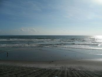 at17:00~ 結構引いてます。波もサイズ上がりましたね。