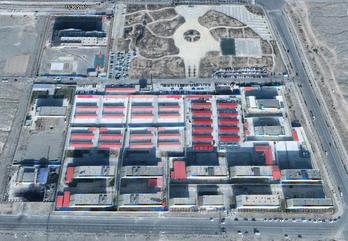 Satelitfoto af et opdragelseslejr i Xinjiang