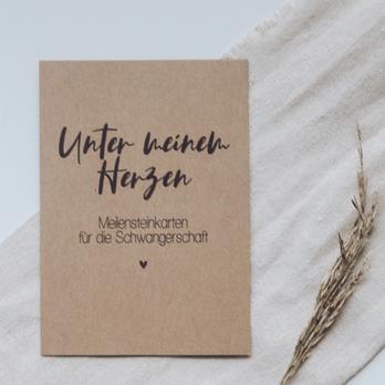 """Mutterpasshülle """"Blätter"""""""