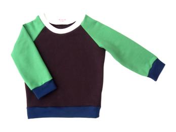 grün/braunes Sweatshirt für Kinder, faire Mode, Herzkind, Berlin