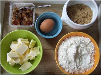 Ingrédients pour biscuit fruits confits