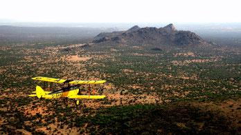 Biplano G-AAMY sorvola l'Africa