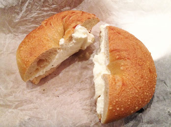 broadway-bagel-new-york