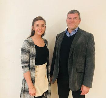 Der neu gewählte Bezirksschülersprecher für die beruflichen Schulen der Oberpfalz Jürgen Häuslmann (rechts) und seine Stellvertreterin Roxana Slaby (links), Foto: Regierung der Oberpfalz