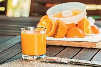 Vitamine, gesundheit, ernährung, saft, säfte, Vitamin C, Obst, Früchte, Frucht, Orangen