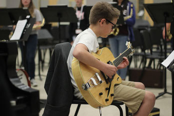 Cormac rehearses with other Middle School students