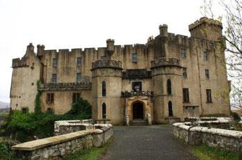 Castle Dunvegan, Landseite