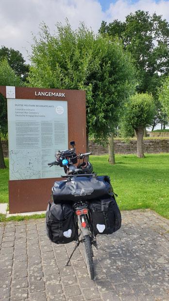 Dt.Soldatenfriedhof Langemark