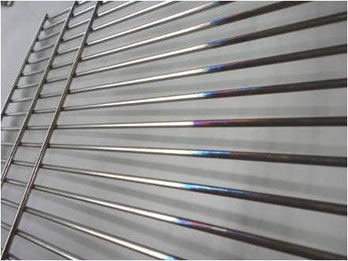 Solvent-based tarnish protection for stainless steel up to 600 °C for spraying