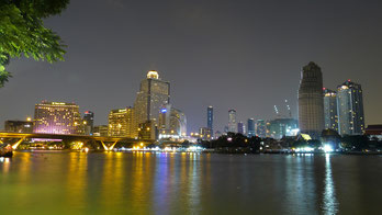 Enjoy Bangkok trips at nighttime.